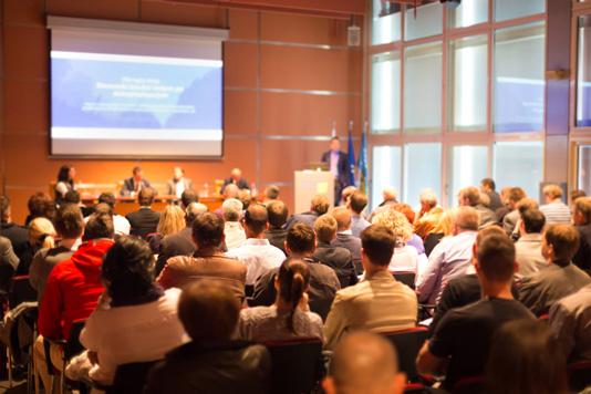 Conférence, table ronde, assemblée